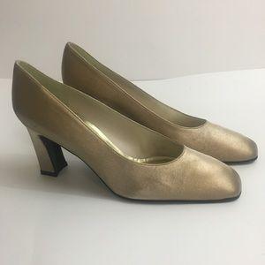 Stuart weitzman heels size 8 1/2
